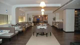 Hotel The Hans, New Delhi - Foto 1