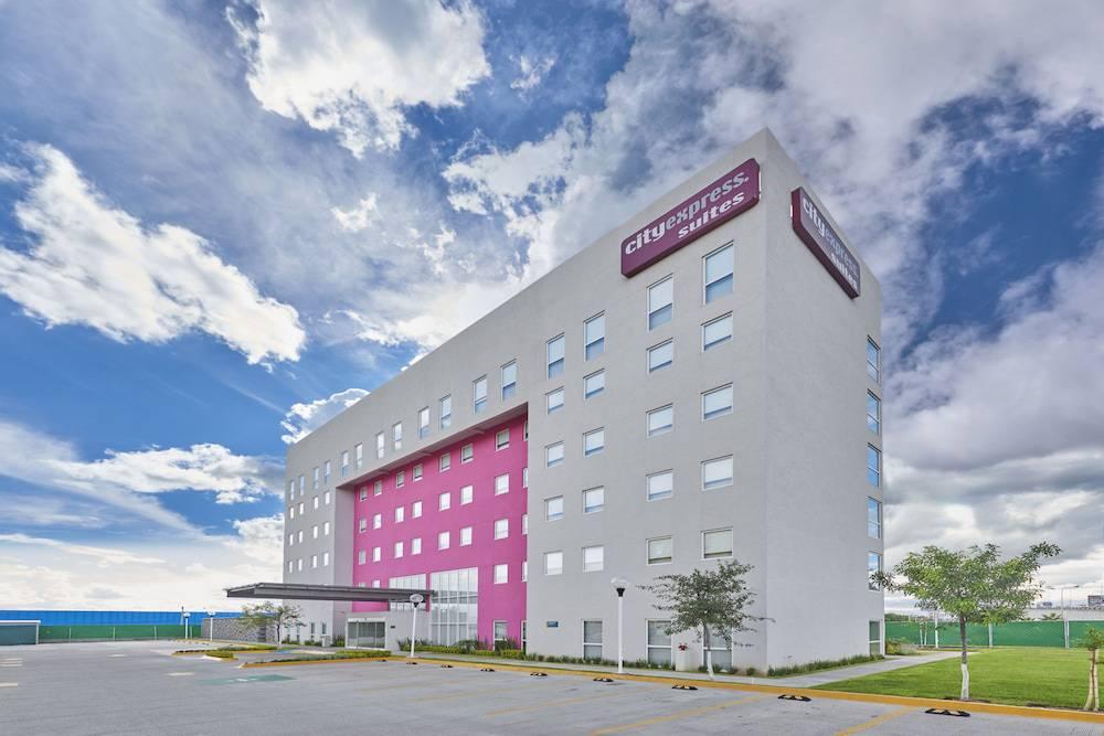 Hotel City Express Suites Silao Aeropuerto